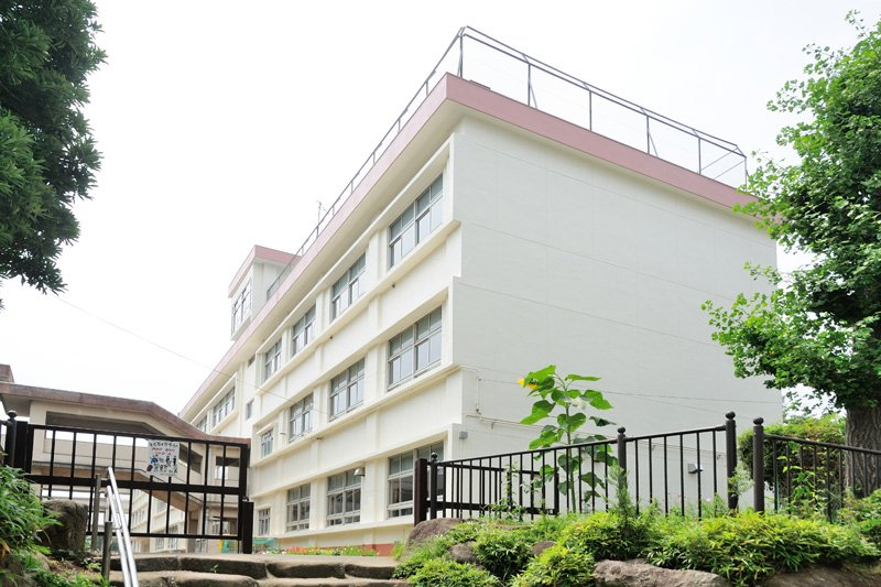 平塚市立崇善小学校
