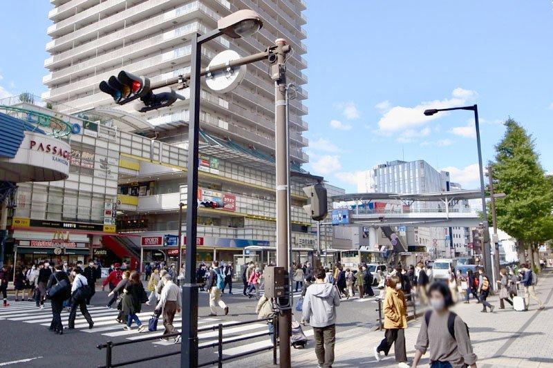 「上大岡」駅前の様子